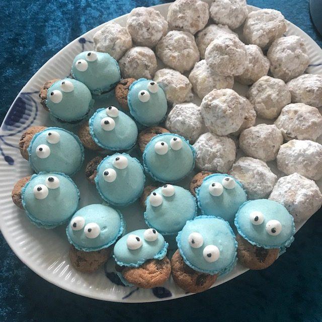 cookiemonster macarons